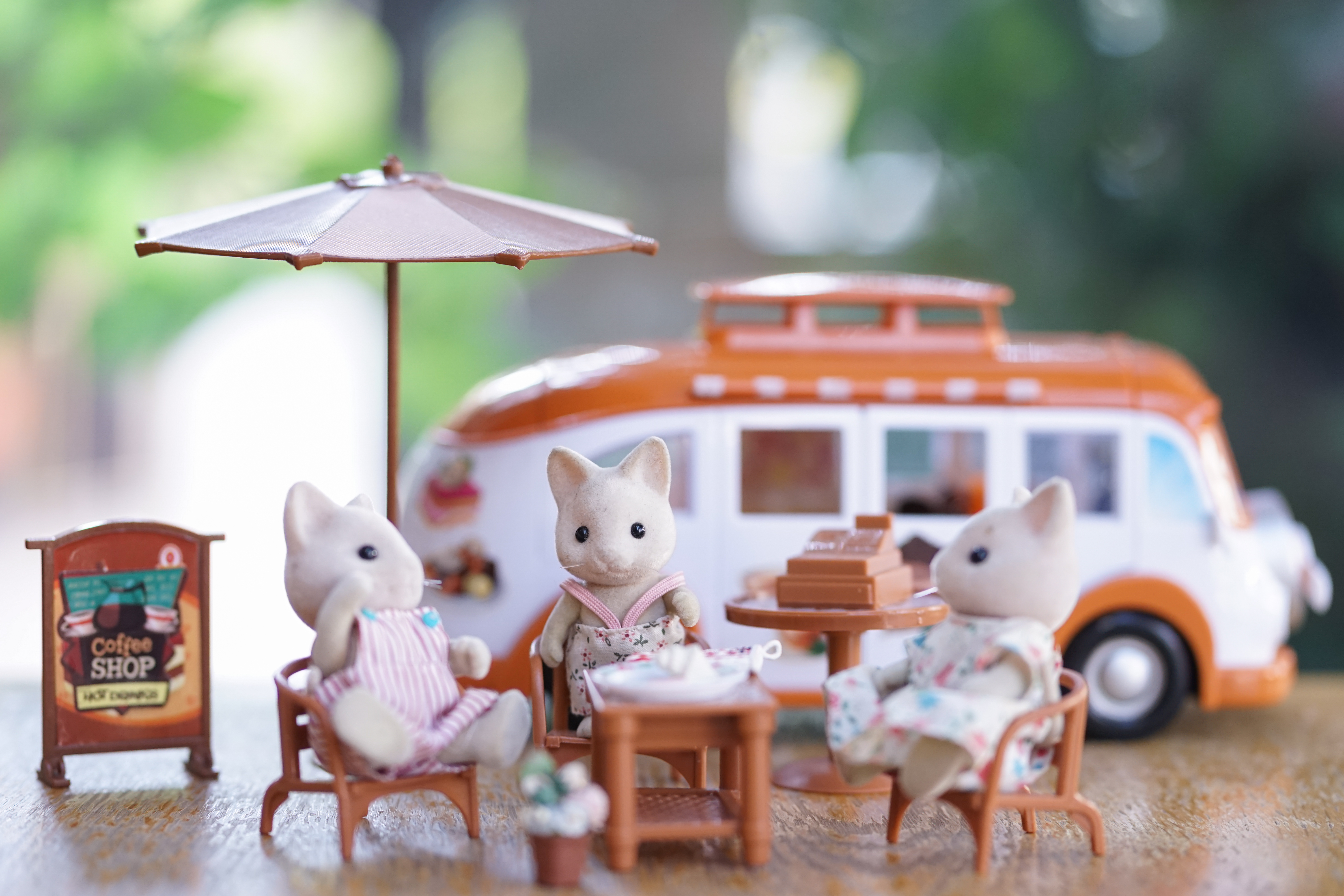christmas with impact - second hand Sylvanian family toys