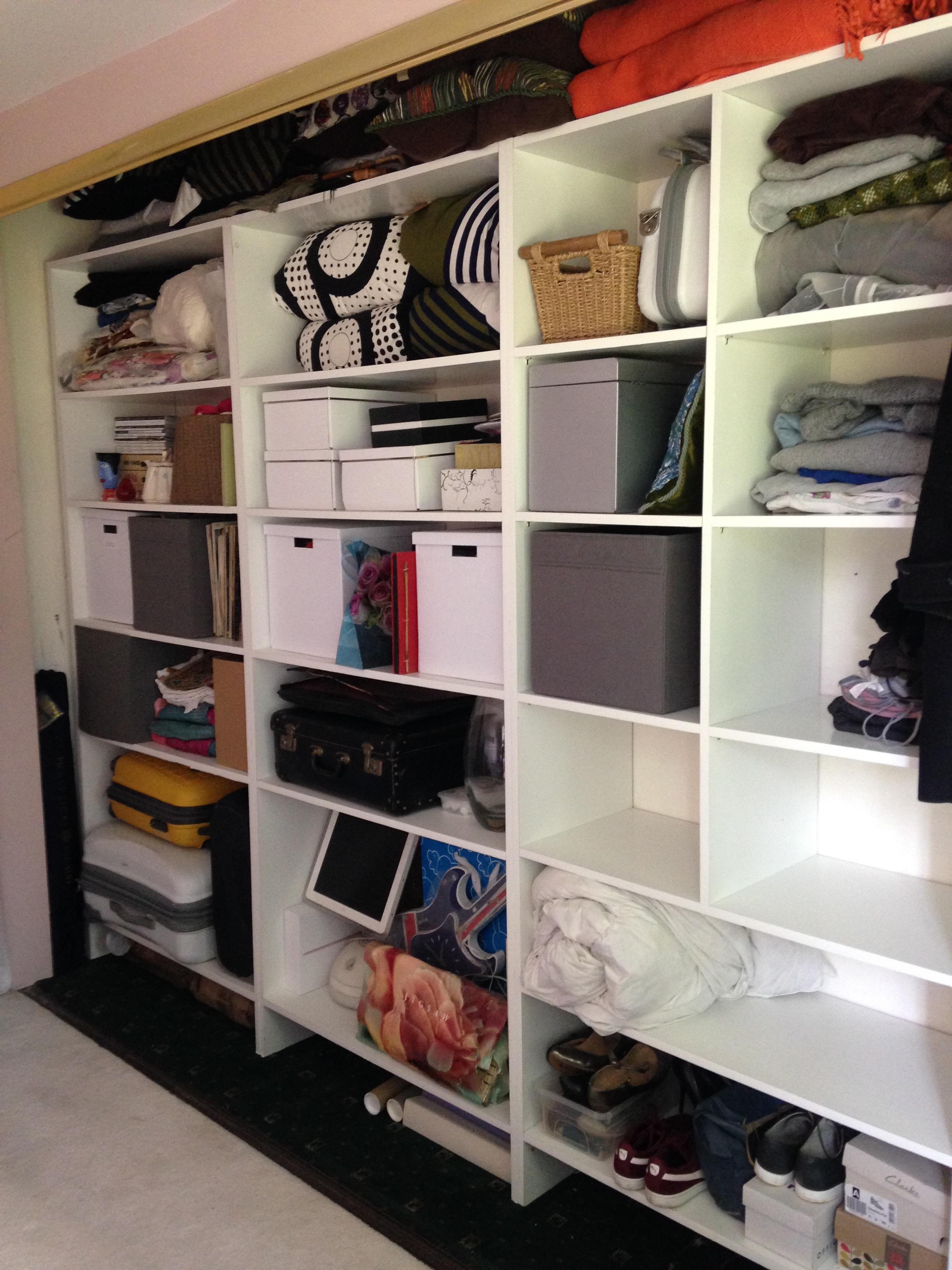 lisa's minimalist shelves post declutter